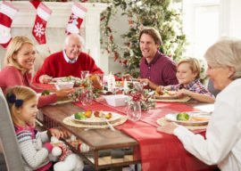 Checklist: How to Visit Your Family This Holiday Without Stressing Out!